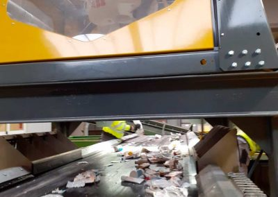 Robotics and artificial intelligence in recycling plants